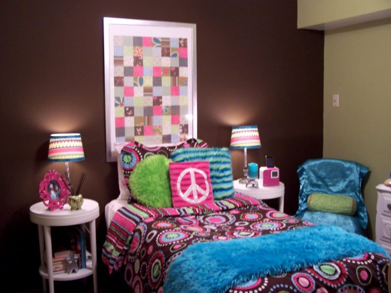 Cool teenage bedroom