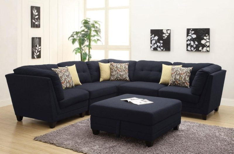 Apartment-Size Sofas and Seating