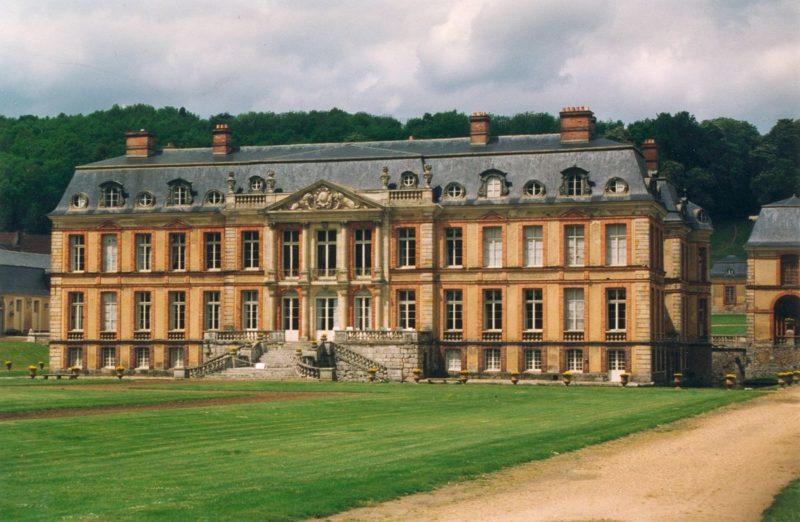 Dampierre en Yvelines Chateau Mansard Roof