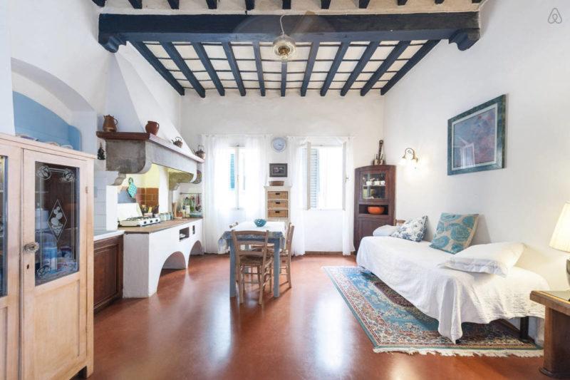 Studio apartment rental