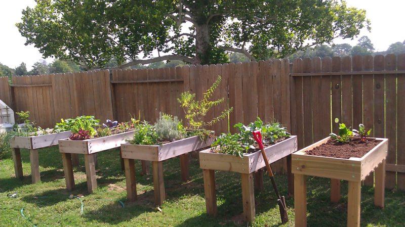 Wooden Pallet Garden Fence