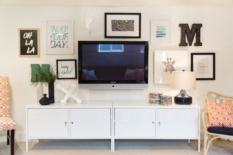 Gallery Wall Incorporates Mounted TV